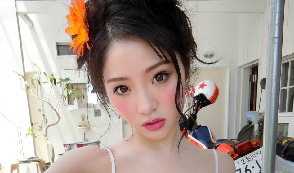 Hitomi Kozue Nude Photos 55